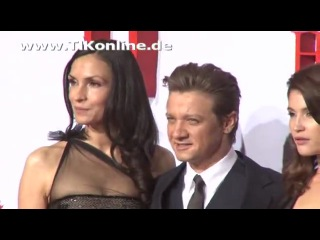 Jeremy Renner and Gemma Arterton at 'Hansel   Gretel' Premiere in Berlin (Feb 12, 2013)2